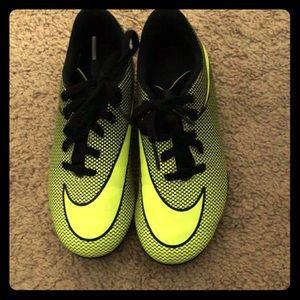 Nike boy cleats size 13c